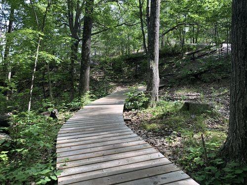Une vue du Twin Points Trail